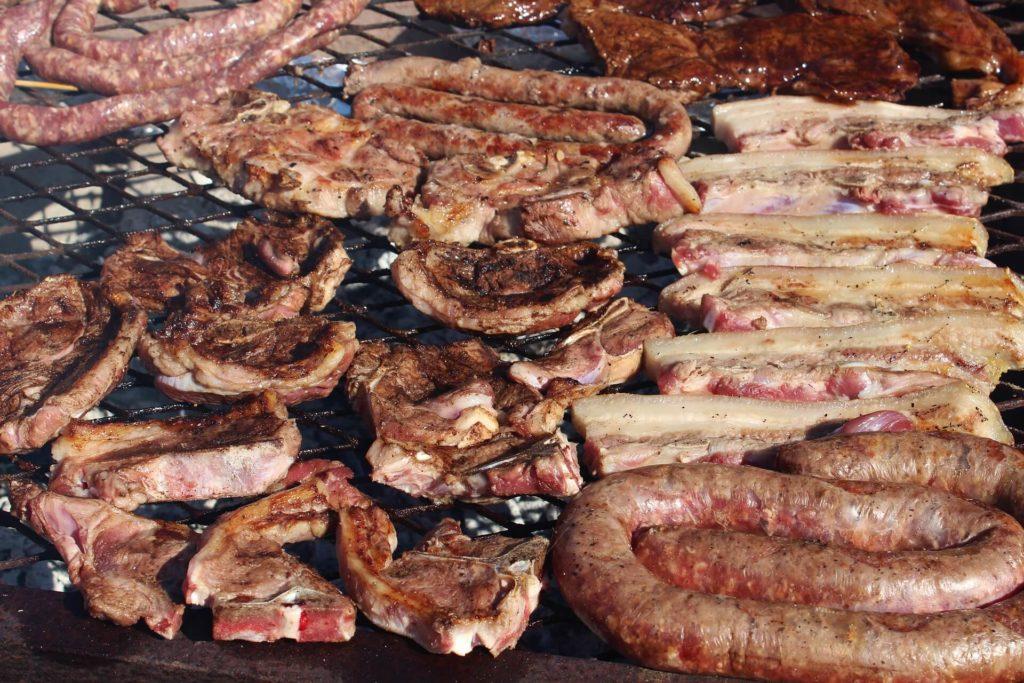 sült húsok